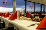 (c) 2014 - Sportpark Klagenfurt, Weihnachtsfeier Stadtwerke Klagenfurt. - Bild zeigt: den VIP-Raum dekoriert für die Weihnachtsfeier. pressefotos, sportfoto, sportfotos, kärnten, kaernten, pressefoto, oskar, höher, wolfgang, jannach, sport, wirtschaft, kultur, politik, innenpolitik, außenpolitik, lokal, chronik, fotos, fotografie, fotographie, canon, eos, 1d, mark IV, mark 4, fotopool, powerpixx, höherfoto, hoeherfoto, klagenfurt, villach, wolfsberg, spittal, feldkirchen, völkermarkt, voelkermarkt, lienz, osttirol, hermagor, archiv, fotoarchiv, photo, photoarchiv, kleine, zeitung, kleinzeitung, ktz, kärntner tages zeitung, kärntner woche, kärntner, woche, kronen zeitung, krone, kronen, zeitung, sportfotographie, sportfotografie, kurier, kärntner monat, monatsmagazin, tageszeitung, wochenzeitung, gratiszeitung, fußball, fussball, eishockey, icehockey, tennis, basketball, handball, volleyball, beachvolleyball, schi, ski, ski alpin, ski nordisch, schi nordisch, nordisch, langlaufen, schispringen, skispringen, biathlon